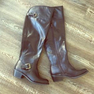 Brown knee high boots size 6.5 women's